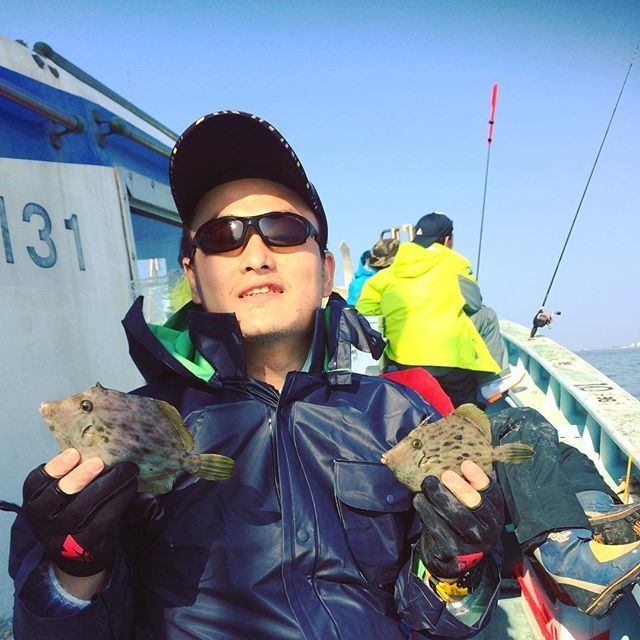 【various_things_angler】さんのInstagramをピンしています。 《#カワハギ#カワハギ釣り#海釣り#海#やっぱり船酔い#師崎#伊良湖岬#晴れ#釣り#フィッシング#魚#キャッチアンドインスタグラム#fishing#japan#angler#fish #loves_nippon#lovers_nippon #sea#seafishing#sky》