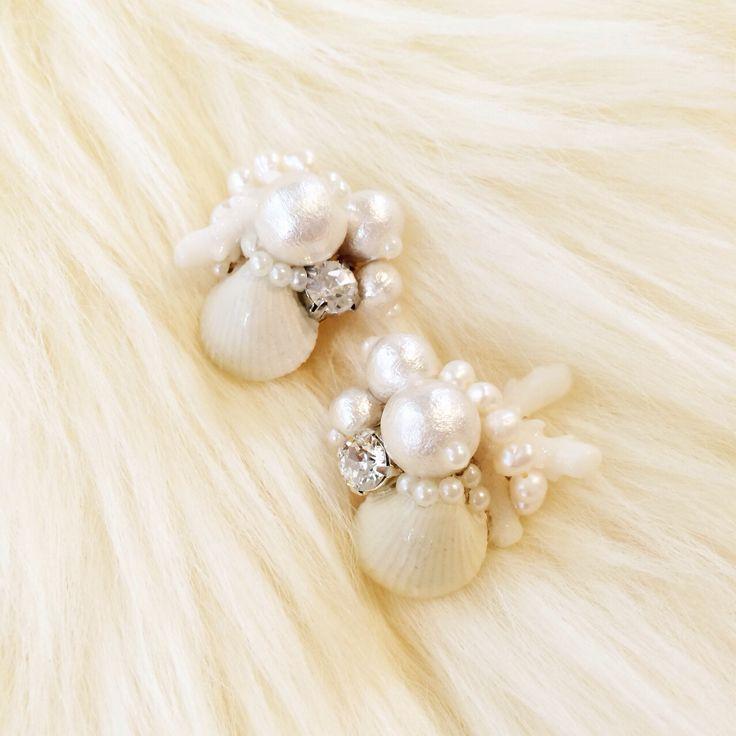 珊瑚とパールのイヤリング  http://amamhandmade.buyshop.jp coral earrings shell pearl handmade accesories