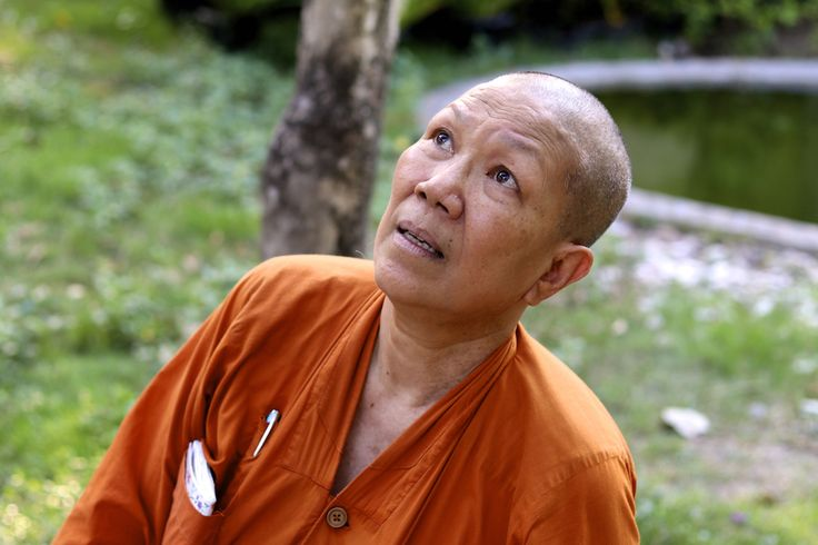 how to become a buddhist monk in india