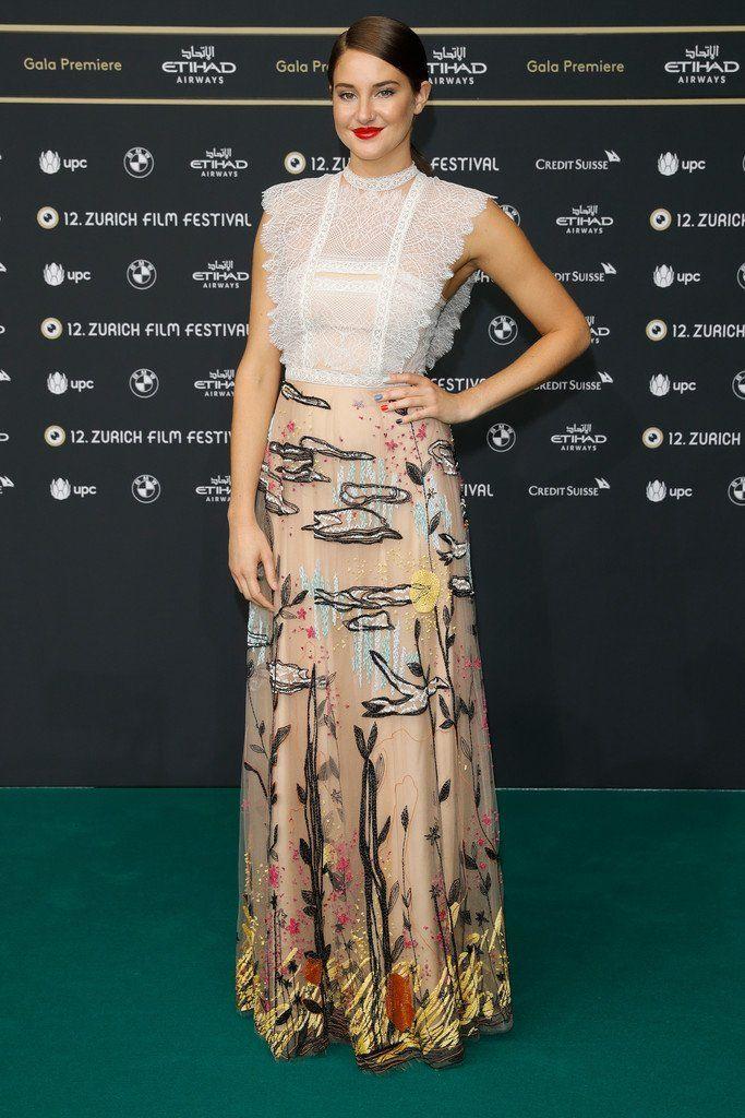 Shailene Woodley wore a #Valentino Resort 2017 embroidered gown to the #SnowdenMovie premiere during the #ZurichFilmFestival.