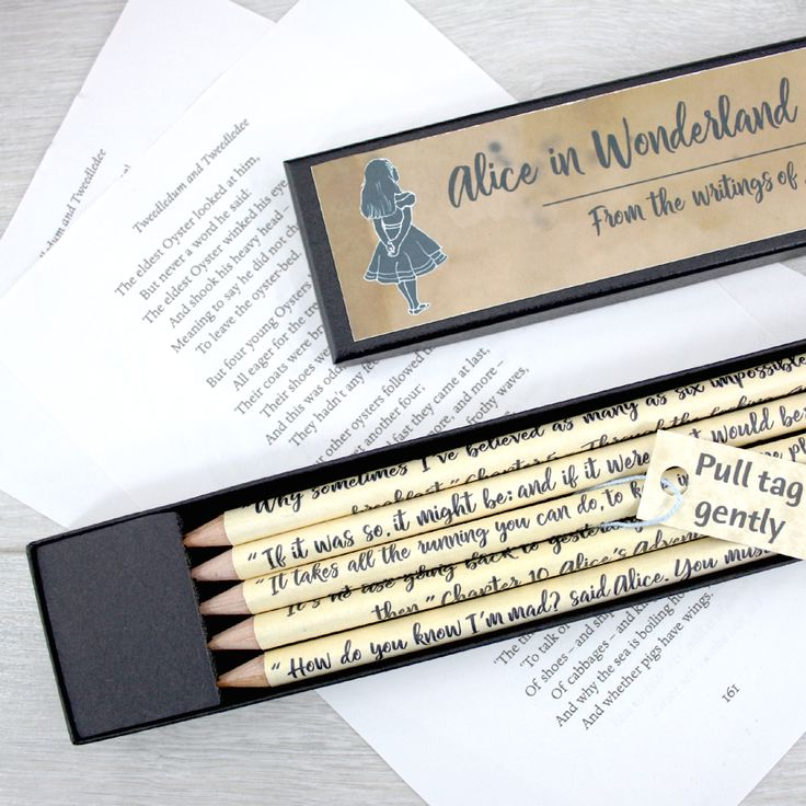Alice in Wonderland Gifts - This personalised pencil set makes the perfect gift for bookworms and Alice fans