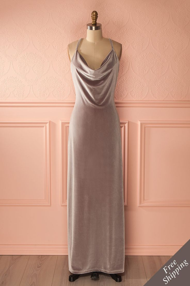 Hermilie #Boutique1861 / A maxi grey dress with a simple open-back proves a good taste ! #promdresses #bridesmaids
