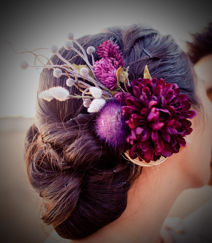 was my wedding hair piece, and will never regret it!