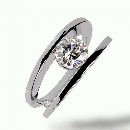 Bague double anneaux, diamant serti en tension