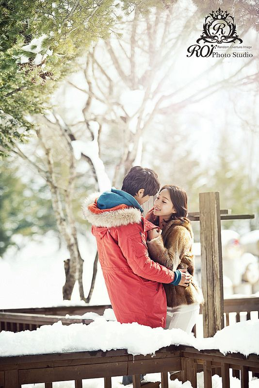 Daegwallyeong is a peaceful province of Korea, 3 hours from Seoul, the photoshoot can be completed within a day.  Please refer to our website: www.roistudio.co.kr #Koreawedding #prewedding #wedding #Koreatrip #Daegwallyeong #roistudio