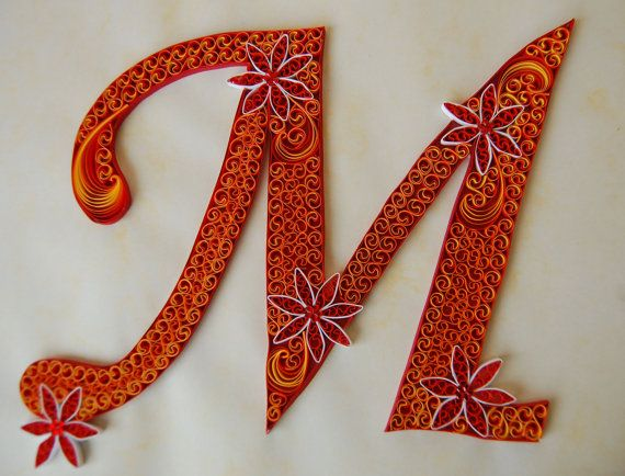Quilled lettera M di TheBeautyofQuilling su Etsy