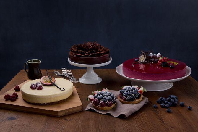 Delicious cakes from Lie Nielsen. Styling: Hege Jørgensen. Photo: Line Møllerhaug.