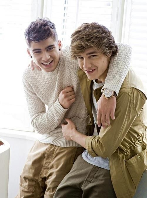 Liam and Zayn from One Direction know how to make cozy sweaters and fall coats look dreamy