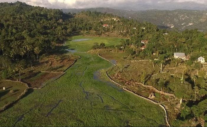 12 Pemandangan Fatumnasi Desa Fatumnasi Dan Cagar Alam Gunung Mutis Blog Info Download Gunung Mutis Fasilitas Rute Jam Buka Di 2020 Pemandangan Foto Wisata Pulau