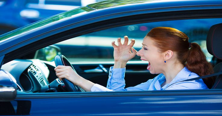 This Woman Honks Horn And Screams At Him For Stopping At A Yellow Light. What Follows Next Is Priceless…