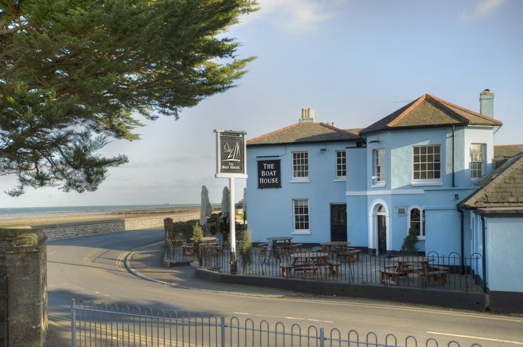 The Boathouse, pub, restaurant and B&B inbetween Ryde and Seaview on the Isle of Wight.