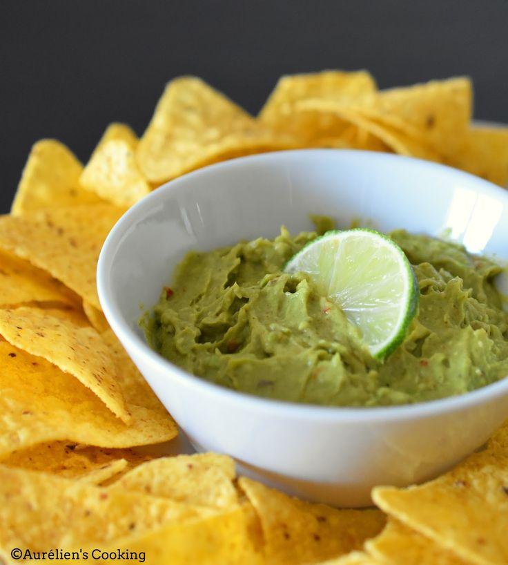 Bonjour les Cookies ! Aujourd'hui, je vous propose une recette toute simple pour l'apéro : le guacamole ! Pour réaliser cett...