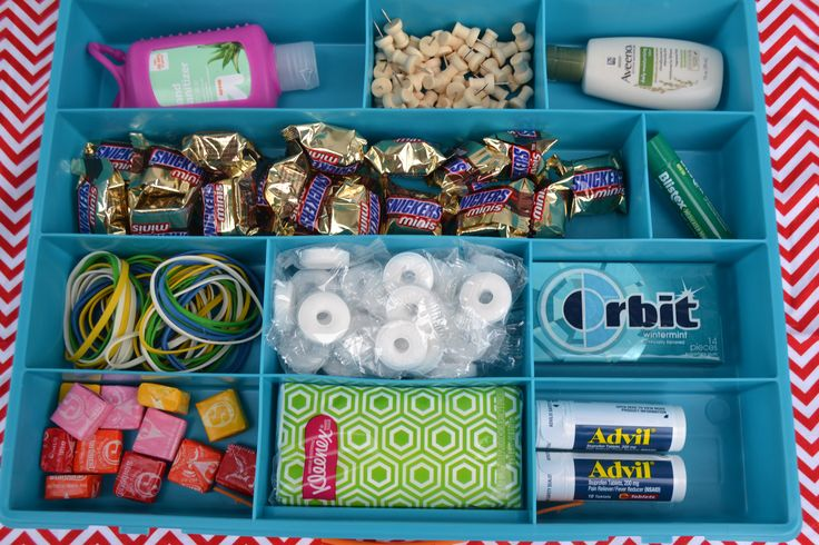 This Back to School Teacher Supply Kit is a great way to get your kids ready to meet the teacher. Supply your teacher with items to encourage them this year