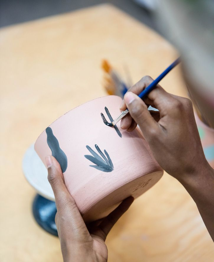 After studying digital media at design school, Kenesha Sneed spent years in front of a computer working as a motion graphics designer and Art Director. In her downtime, she decided to try a new hobby one day, and enrolled in a ceramics course at acommunity studiowhere she learned to wheel throw. She fell in love with the art form instantly, and, not before long, she launchedTactile Matter.Having grown up on the West Coast, her goal was to create functional ceramic pieces that combined her…