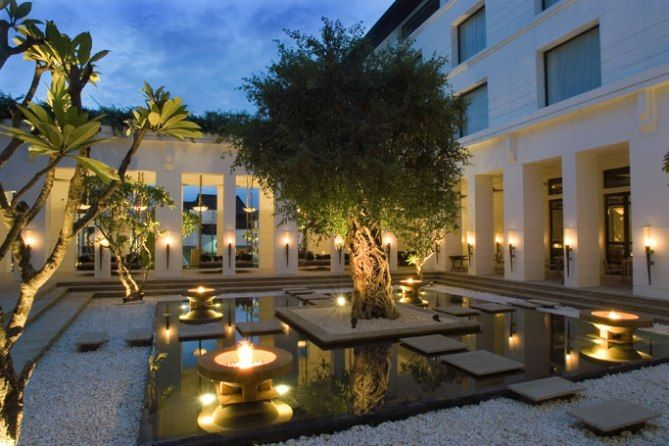 Luxury and Exotic Architecture Hotel De La Paix from Siem Reap