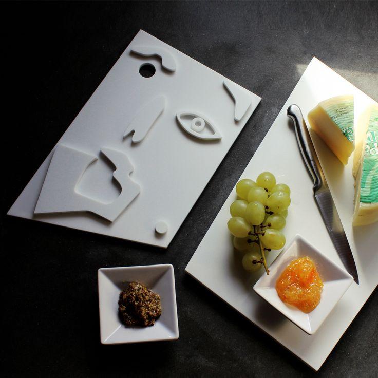 L'ideale per servire in tavola cibi da tagliare e gustare. Materiale antibatterico. www.futility.it