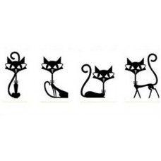 4 fekete cica falmatrica