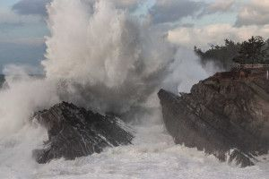 Giant Waves; Lake Abert Dries Up . Oregon Field Guide . TV | OPB