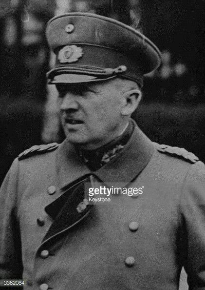 German officer and politician General der Infanterie Kurt von Schleicher