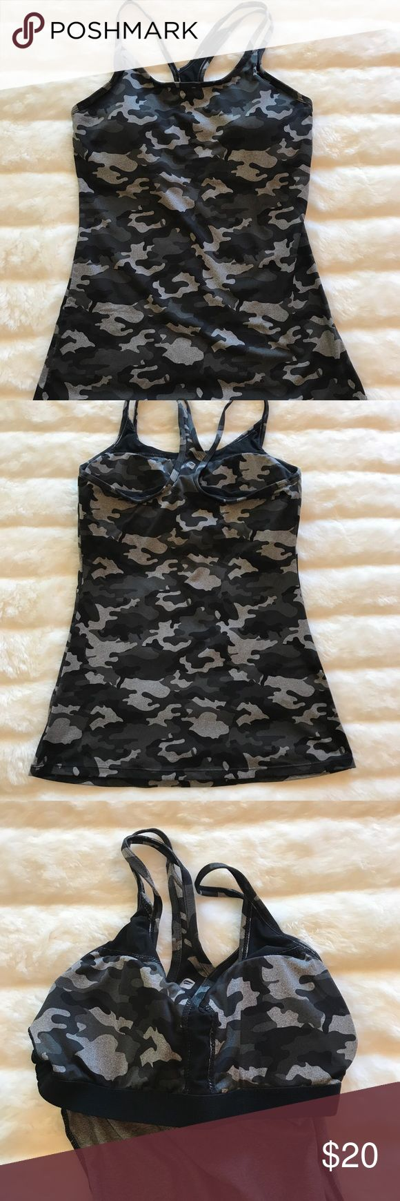 Fabletics Camo Tank EUC. Includes bra pads. Size tag has been removed but it is an XS. Fabletics Tops Tank Tops