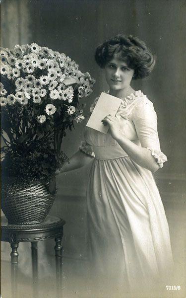 Fantasy; Woman |Vintage postcard