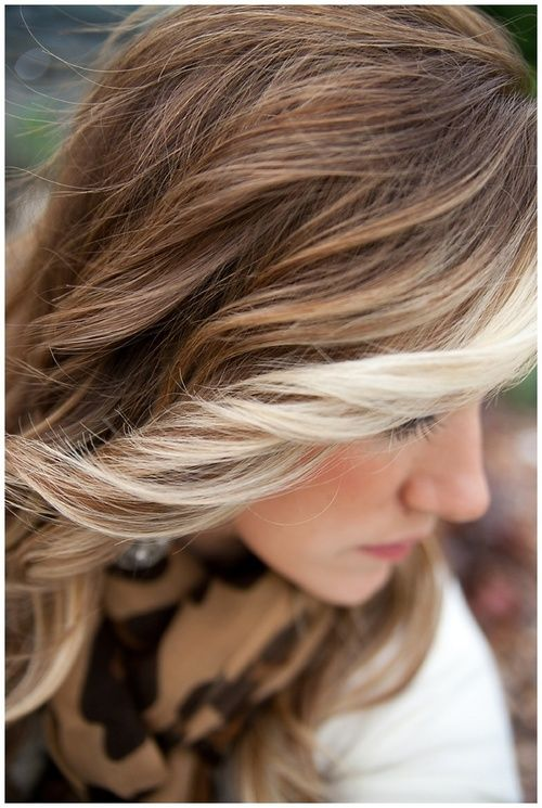 Blonde streaked hair exactly what I want lol | Highlighted Hair