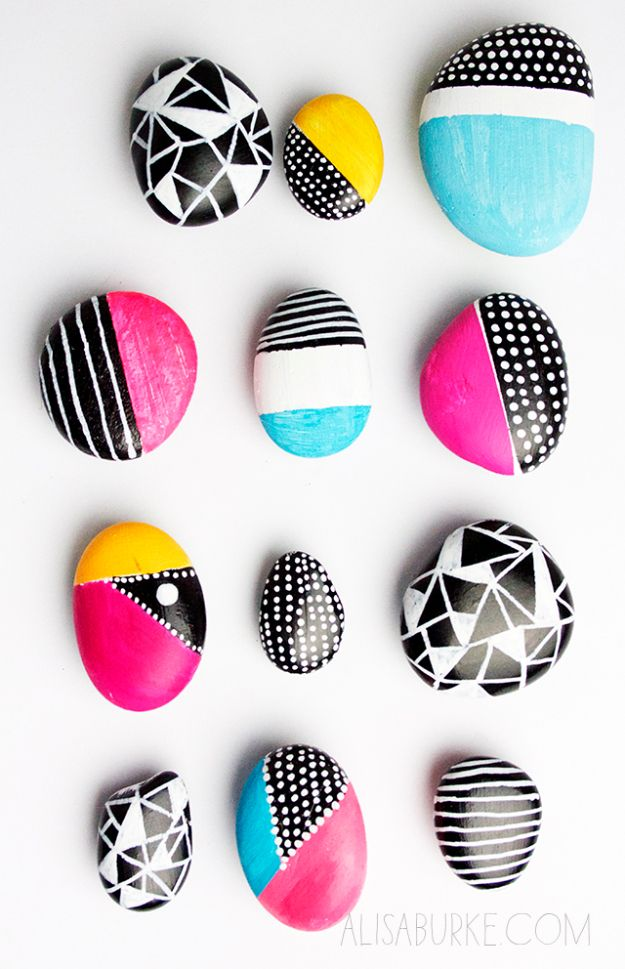 DIY Sharpie Crafts - Sharpie Rocks - Cool and Easy Craft Projects and DIY Ideas Using Sharpies - Use Markers To Decorate and Design Home Decor, Cool Homemade Gifts, T-Shirts, Shoes and Wall Art. Creative Project Tutorials for Teens, Kids and Adults http://diyjoy.com/diy-sharpie-crafts