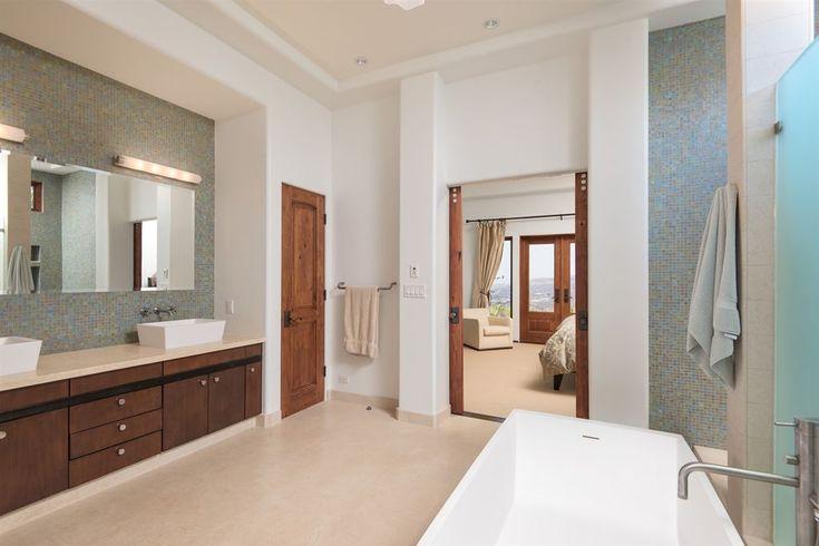 View 24 photos of this $3,350,000, 5 bed, 7.0 bath, 6381 sqft single family home located at 8063 El Cielo, Rancho Santa Fe, CA 92067 built in 2007. MLS # 180002657.