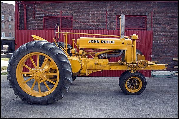 John Deere A   #MecumGF