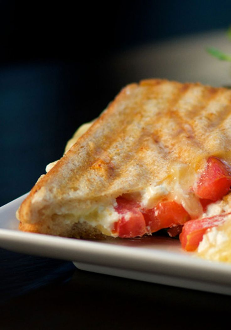 Grilled Cheese Sandwich with Goat Cheese and Tomato Recipe