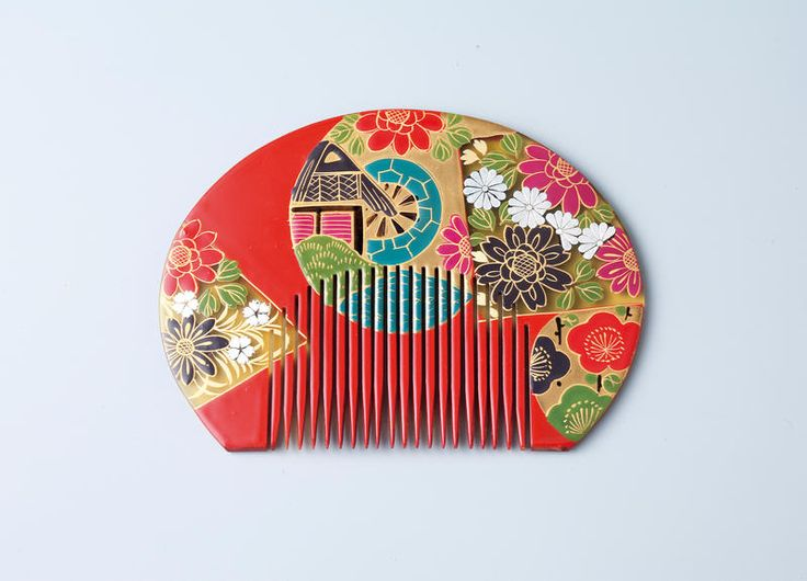 Combs with Various Designs - MIHO MUSEUM