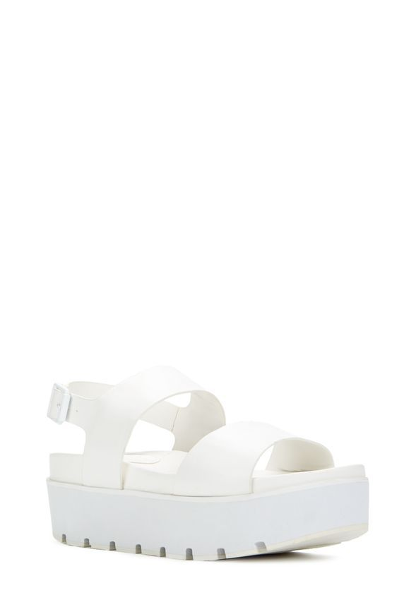 Une paire de sandales à plateforme, parfaite profiter des beaux jours en toute stabilité.  Avec son ouverte sur le bout et sa lanière ajustable autour de la cheville, cette paire est faite pour vous!...