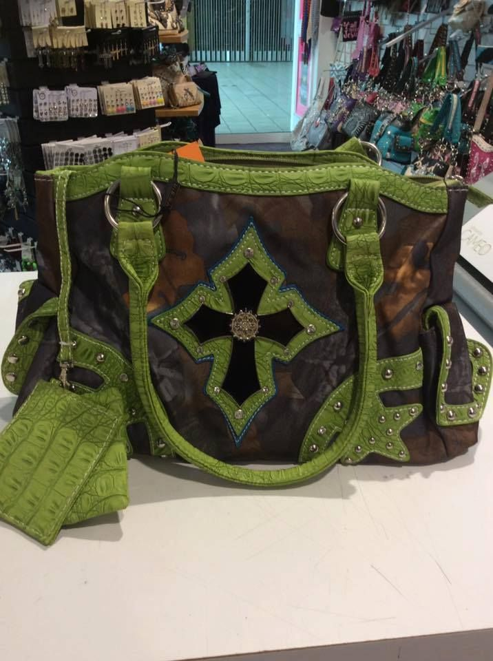 Western Style Green Camo Cross Concealed Carry Handbag, Concealed Carry Handbag, Green Camo Handbag, Green Camo Purse, Cross Purse, Cross Handbag, Western Style Purse, Western Style Handbag, Bling Purse