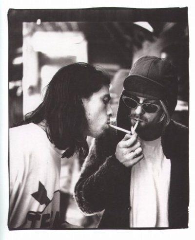 Dave Grohl & Kurt Cobain. Awesome.