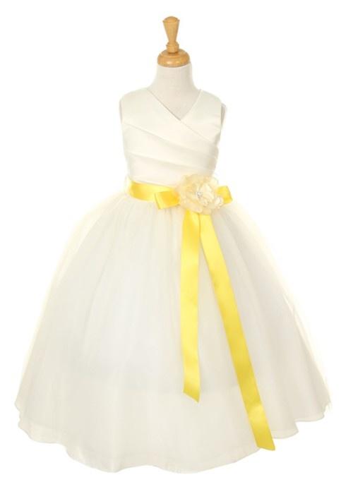 flower girl dress: Flowers Girls Dresses, Wedding Flowers Girls, Tulle Flowers, Flower Girl Dresses, Ivory Flowers, Flower Girls