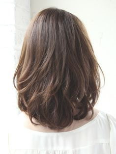 Medium haircut for thick hair