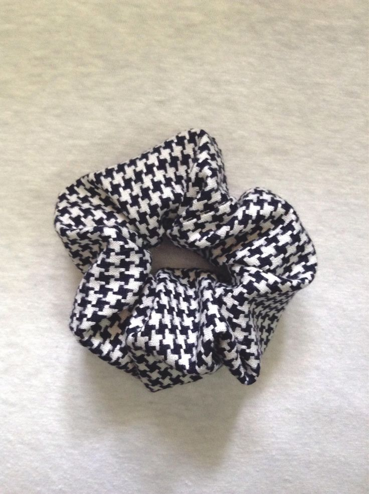https://www.etsy.com/jp/listing/555391229/novelty-fabric-used-houndstooth-check