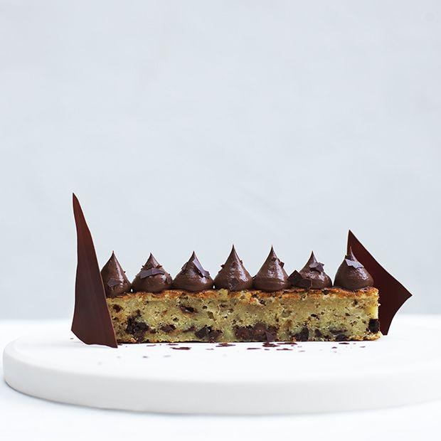 """Bag Maja Vases svampede banankage fra bogen """"Majas desserter"""", og forelsk dig i hendes fortryllende dessertunivers."""