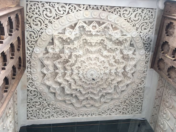 Marble ceiling , result of persistent dedication in worlds best white marble from Makrana  ......expect more from Erasmic marbles