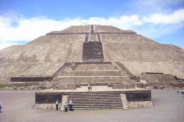 La pirámide del Sol es ideal para entrar en contacto con el astro rey, durante el equinoccio de #Primavera2015.