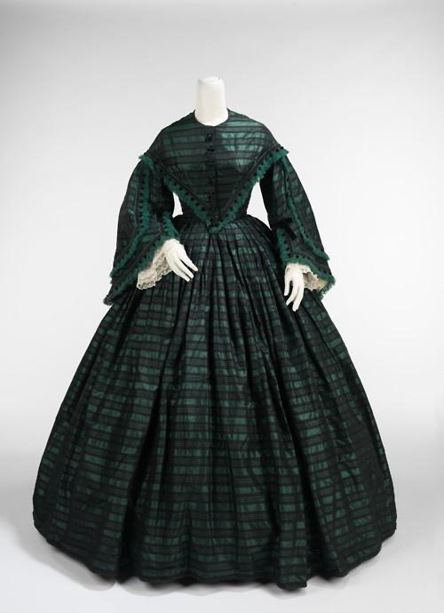 Walking dress ca. 1865  From the Metropolitan Museum of Art