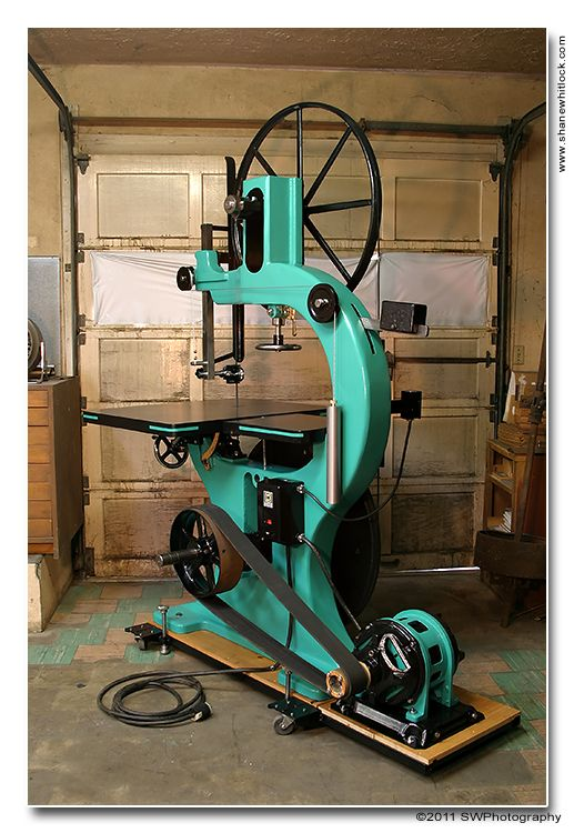 Antique Bandsaw Restored Awesome Tools Pinterest