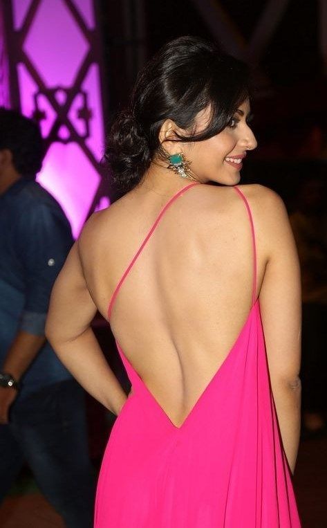 Actress Rakul Preet Singh selfie stills in HD images in Telugu movie hot…