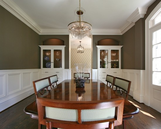 Crown molding ideas chair rail molding wainscoting this for Dining room trim ideas