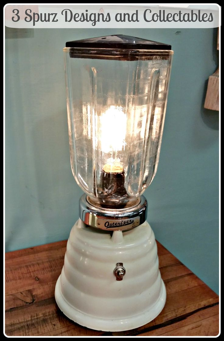 Vintage beehive Osterizer blender turn into a lamp, switch works to turn on/off the lighting. Follow us for more wonderful pins at www.pinterest.com/3spurzdandc www.facebook.com/3SpurzDesignsAndCollectables www.3spurzdesignsandcollectables.com