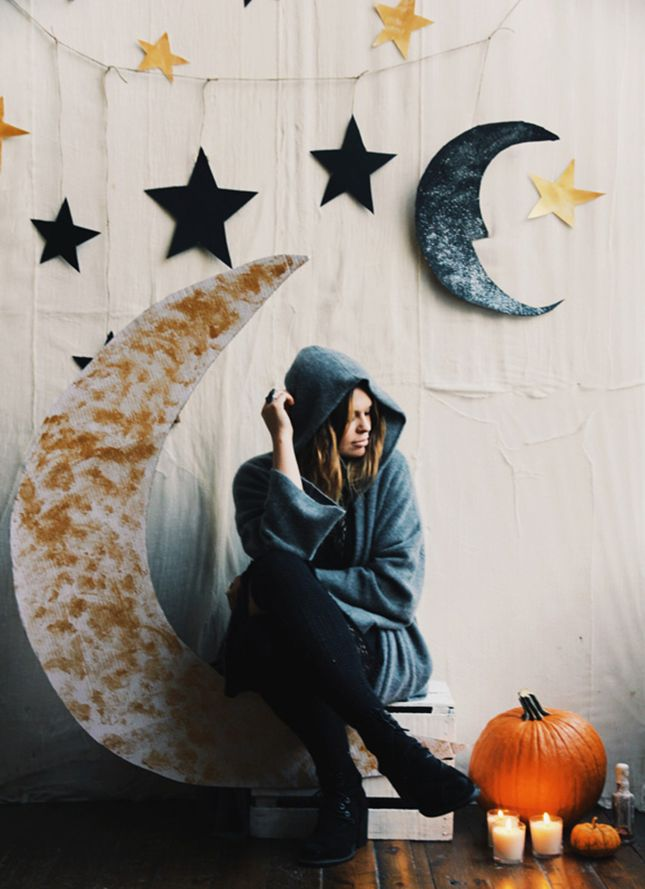 DIY this starry sky backdrop for Halloween photos.
