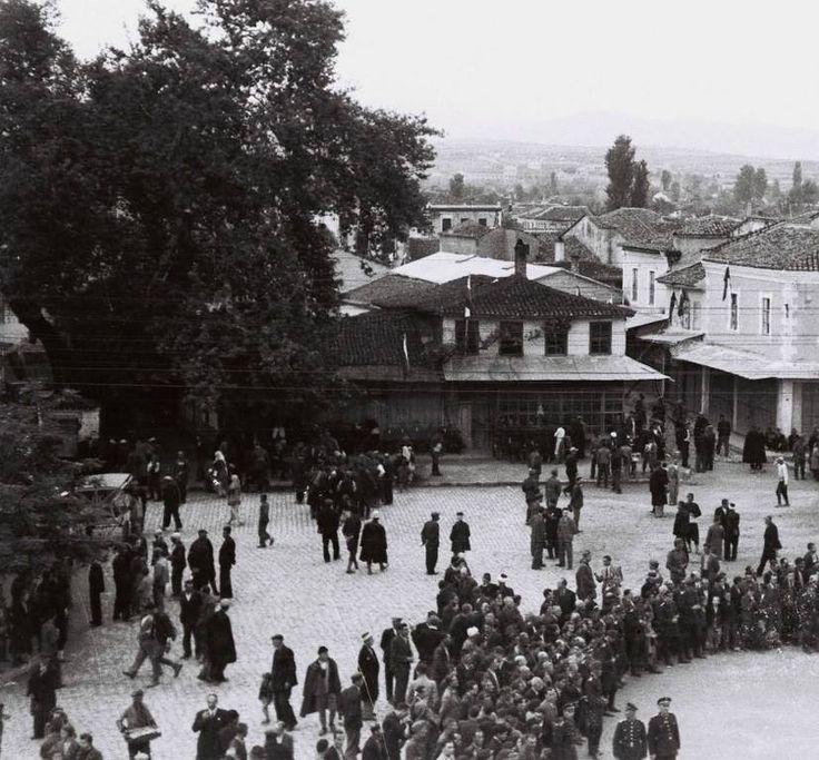μόλις έχει λήξει η τελετή παράδοσης της πόλης μας στους Βούλγαρους