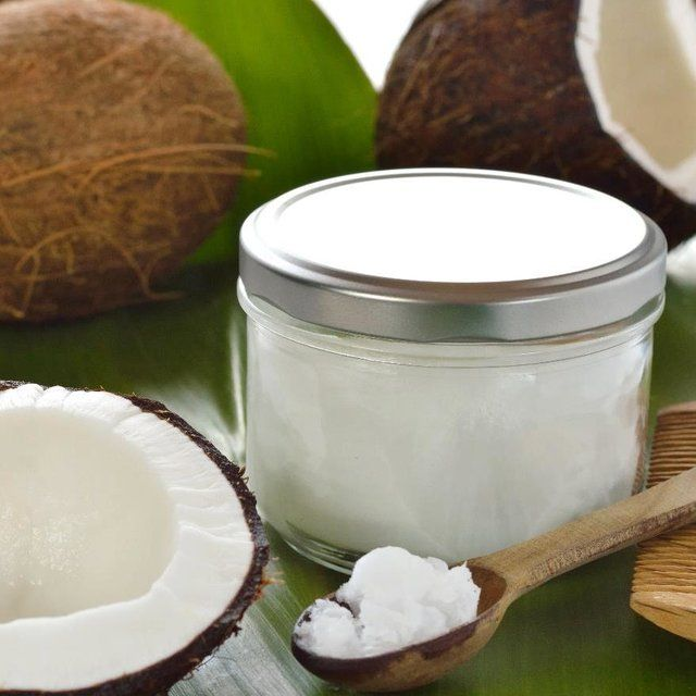 how to use coconut oil to whiten teeth