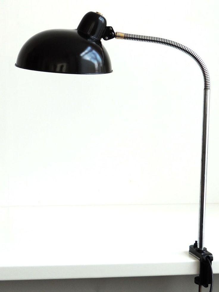 Helo Schwanenhals Schreibtischlampe mit Schraubfuß