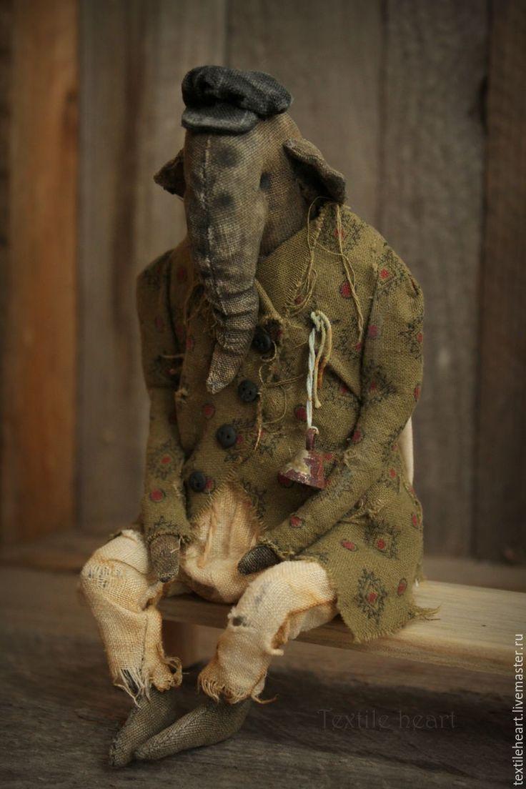 Купить Аркадий. - хаки, слон, слоны, чердачные куклы, чердачные игрушки, странные куклы
